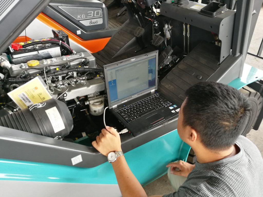 Jasa Service Forklift Bekasi